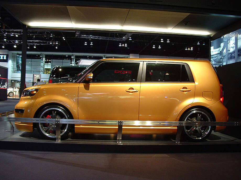 2007 Scion xB: Scion redesigned its popular xB with this design. The car, which had been popular with younger drivers, suddenly became a dud.(Photo: Mainfr4me, Flickr)