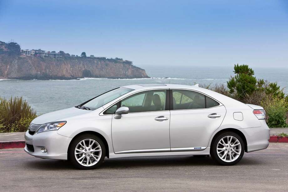 2010 Lexus HS 250h: Toyota took its success with the Prius and tried to meld it with its Lexus brand. Critics called it a failure because it had touchy brakes, poor steering and didn't scream luxury. (Photo: Toyota Motor Company) / Copyright 2008 Dewhurst Photography All Rights Reserved