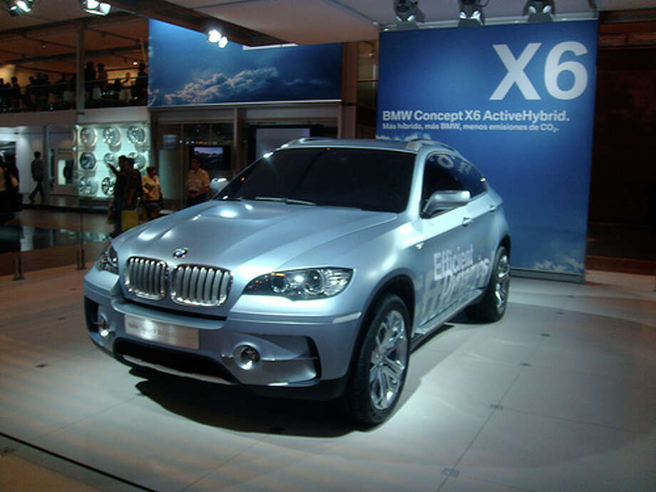 2008 BMW X6: Critics didn't love this car because of its exterior styling. As AOL notes, it has the appearance of the Pontiac Aztek, which also ranks among the worst modern cars. (Photo: Pable Monteagudo, Flickr)