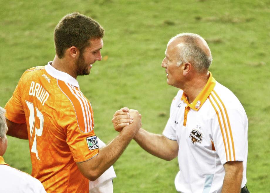 The Dynamo face off against FC Dallas in MLS's Rivalry Week. Photo: Nick De La Torre, Houston Chronicle / © 2012  Houston Chronicle