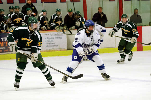 Darien's Brendan Hathaway (21) on the ice during the boys ice hockey game against Hamden High School at the Darien Ice Rink on Wednesday, Dec. 12, 2012. Photo: Amy Mortensen / Connecticut Post Freelance