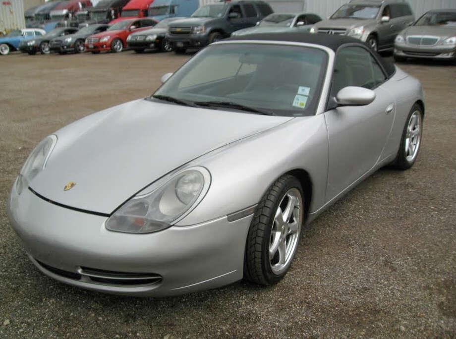Silver Porsche Carrera