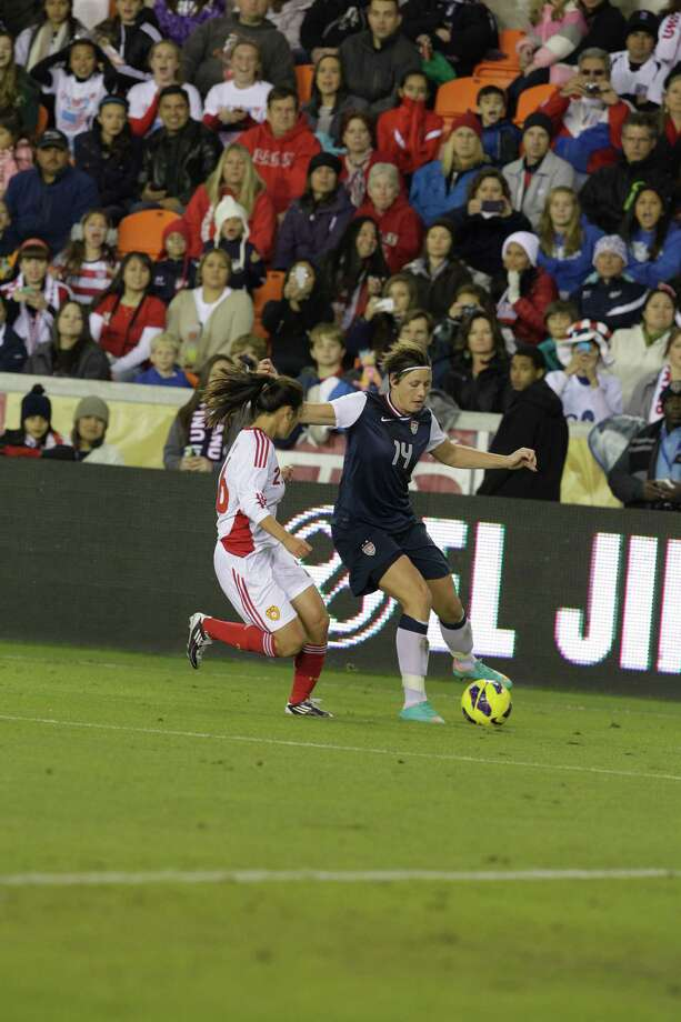 USA's and China's during woman's soccer game at BBVA Compass Stadium Sunday, Jan. 9, 2000, in Houston. Photo: Melissa Phillip, Houston Chronicle / © 2012 Houston Chronicle