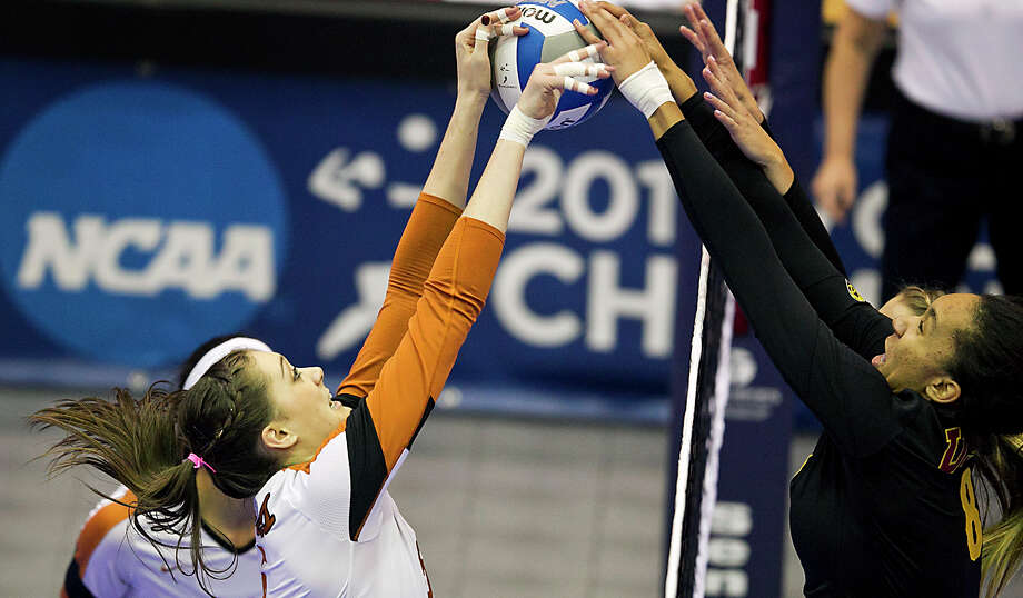 Texas' Molly McCage, left, is off to a strong start in her college career, one year removed from Klein Collins. Photo: Rodolfo Gonzalez, MBO / Austin American-Statesman