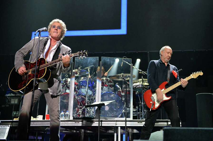 NEW YORK, NY - DECEMBER 12:  Roger Daltrey (L) and Pete Townshend of The Who perform at