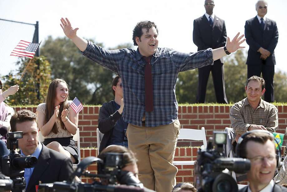 """Josh Gad plays Skip, the screwup son of the president, in NBC's """"1600 Penn,"""" about a dysfunctional first family. Photo: Jordin Althaus, NBC"""