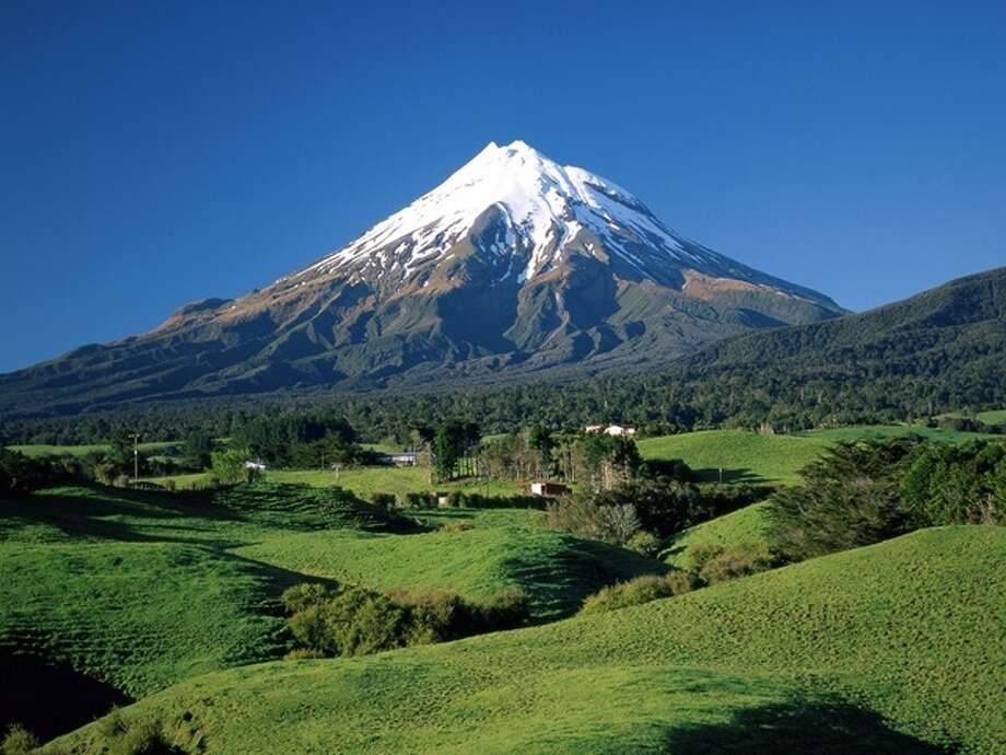 Answer 14c. EreborHere is Mount Taranaki, Mount Egmont, Taranaki, New Zealand,