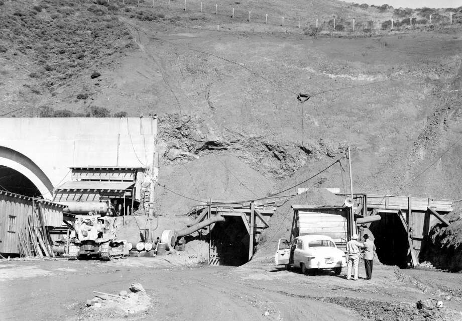 WALDO TUNNEL, Feb. 28, 1954: I couldn't find photos of the first bore of the tunnel, which was completed the same year as a Caldecott Tunnel in 1937. The second bore was built in the 1950s. Photo: Art Frisch, The Chronicle / ONLINE_YES