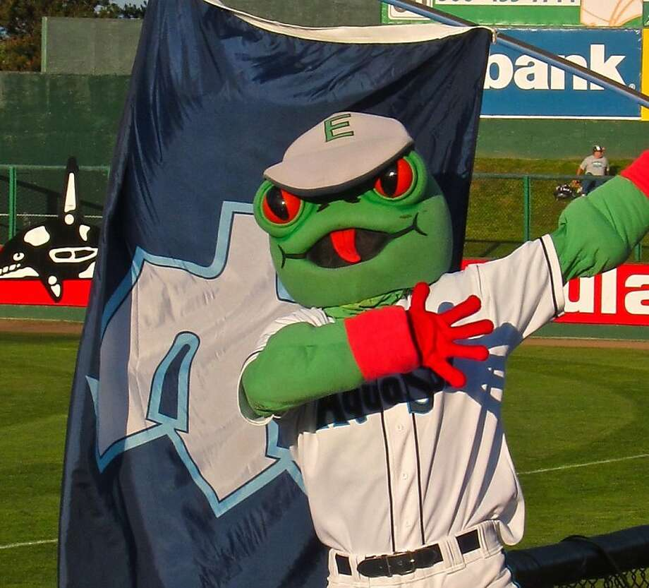 If Stinger met Webbly in a dark alley, who would come out alive? (Everett Aquasox, Seattle Mariners' Class-A affiliate)