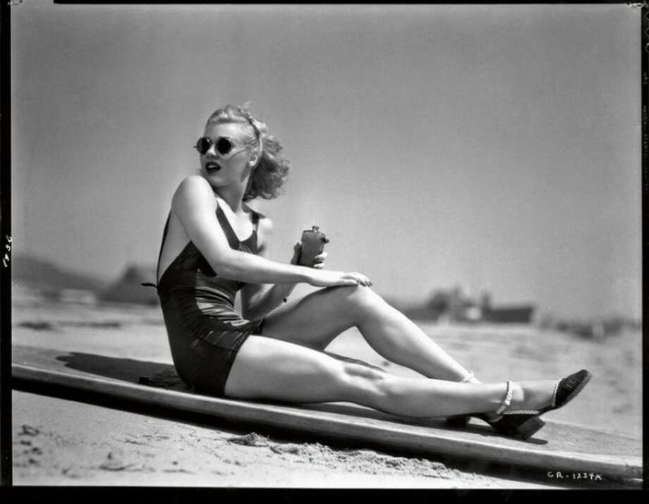 Ginger Rogers -- stop looking at him and look at HER.