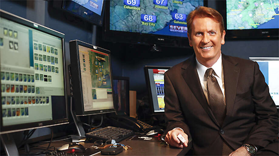 KPRC Local 2 Chief Meteorologist Frank Billingsley in his Houston office. Photo: Michael Paulsen, . / © 2011 Houston Chronicle