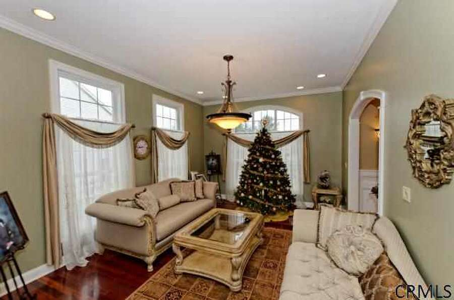House of the Week: 16 Renas Drive, Cohoes | Realtor: