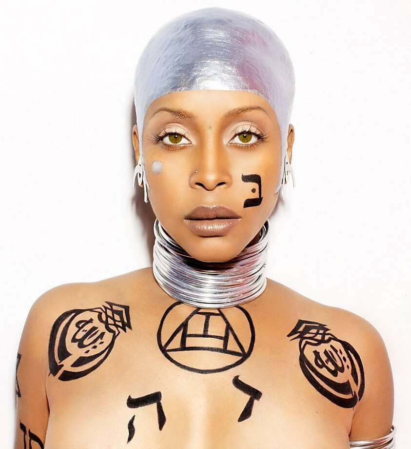 Craving a cosmic space jam? You need Erykah Badu. Photo: Kenneth Cappello
