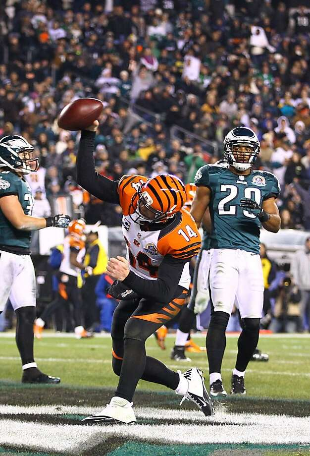 The Bengals' Andy Dalton celebrates running 11 yards for the go-ahead score in the third quarter. Photo: Al Bello, Getty Images