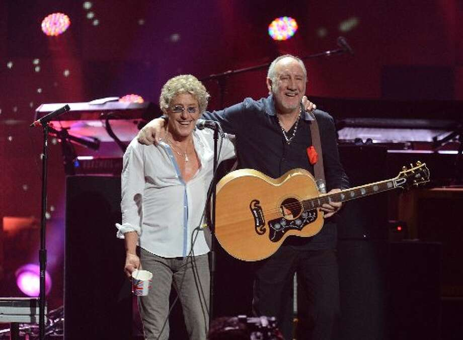 Roger Daltrey (L) and Pete Townshend (R) of The Who perform during 12-12-12 TheConcert For Sandy Relief December 12, 2012 at Madison Square Garden in New York. AFP PHOTO/DON EMMERTDON EMMERT/AFP/Getty Images