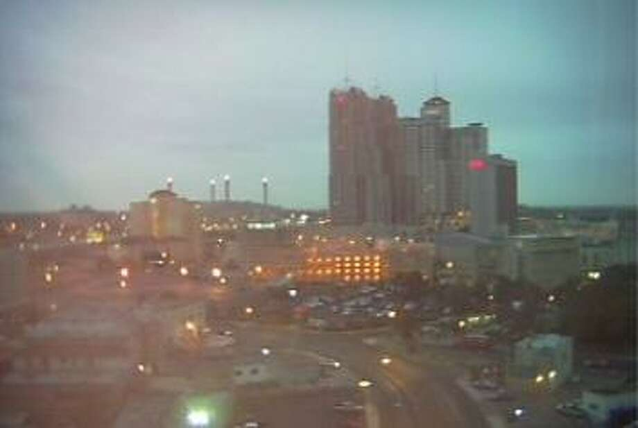 Friday started with drizzly conditions in S.A. Photo: MySA.com Webcam