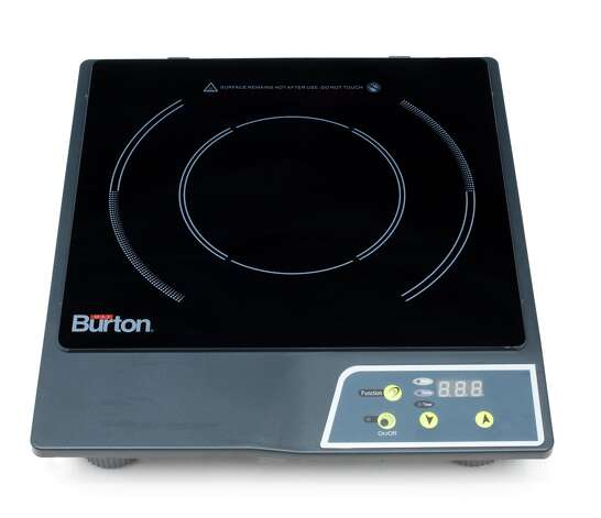 The Max Burton Induction Burner had high marks from the staff at America's Test Kitchen. Photo: Daniel J. Van Ackere, Staff Photographer / © 2009 Boston Common Press, DBA America's Test Kitchen. All Rights Reserved.
