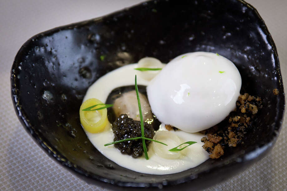First course: Baked potato - leek panna cotta, oyster, caviar (Creel Films)