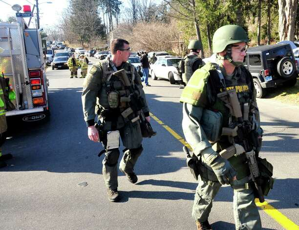State Police respond after shootings at the Sandy Hook Elementary School Friday, Dec. 14, 2012. Photo: Michael Duffy / The News-Times