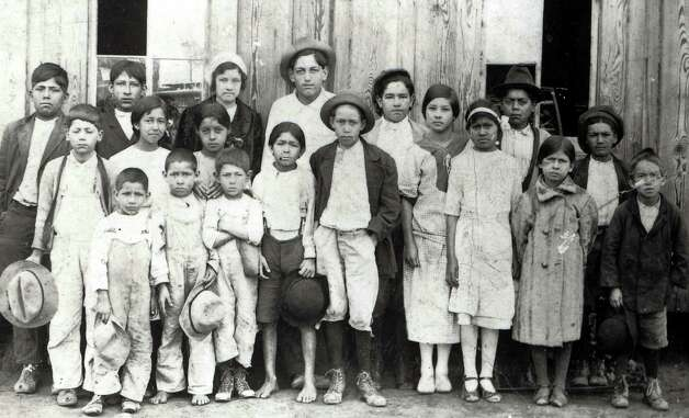 The families of this group of children found refuge in San Antonio from the Mexican Revolution. Photo: Courtesy Lionel Sosa