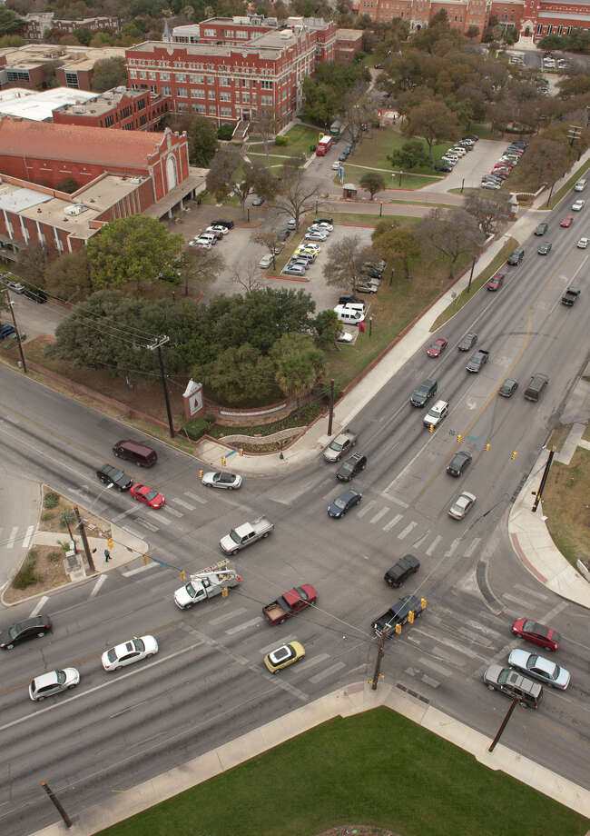 With the University of the Incarnate Word in the background, Broadway (lower left to upper right) and Hildebrand Avenue intersect. Photo: Robin Jerstad, For The Express-News