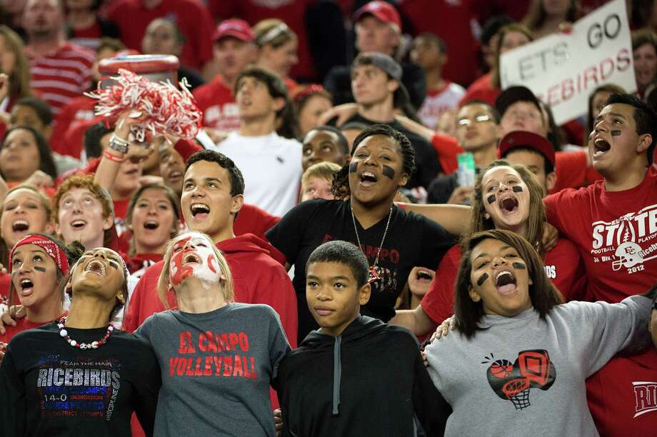 El Campo fans cheer their team during the first half. Photo: Smiley N. Pool, Houston Chronicle / © 2012  Houston Chronicle