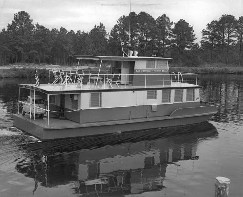 "Here's an example of a houseboat that would be banned under proposed changes to Seattle's shoreline rules. Seattle allows people (""liveaboards"") to live on boats, including sailboats, tugs, trawlers and yachts. But the city doesn't want to allow this type of houseboat in Seattle. Photo: City of Seattle.  Photo: City Of Seattle"