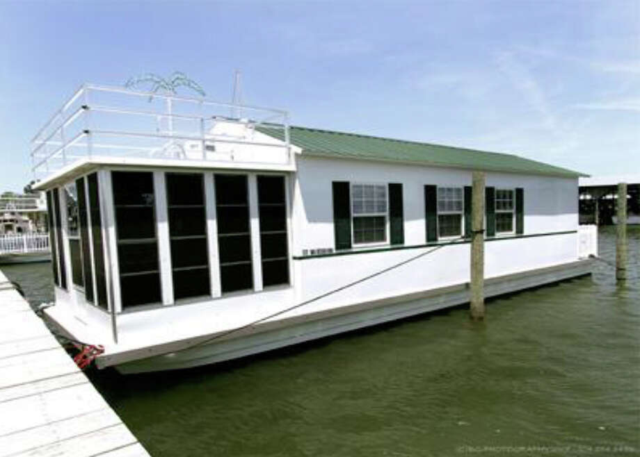 Here's another example of a houseboat that would be banned under proposed 
