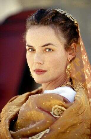 Connie Nielsen -- suggested by jtyler -- the star of GLADIATOR and, even better, THE DEVIL'S ADVOCATE.