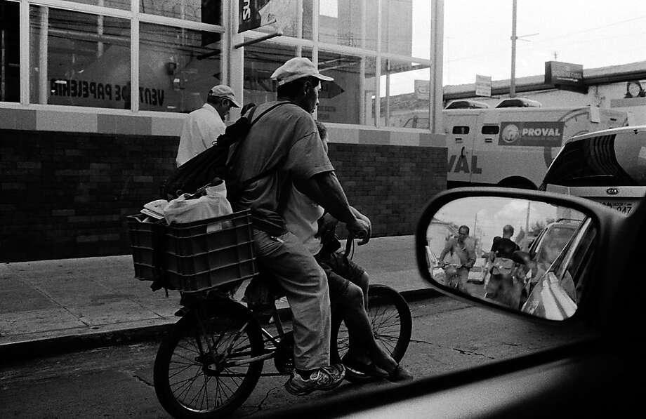 Street scene. Photo: Juan Carlos