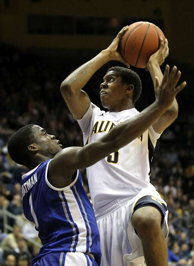 California's Tyrone Wallace (3) shoots over Creighton's Austin Chatman (1) during the first half of an NCAA college basketball game in Berkeley, Calif., Saturday, Dec. 15, 2012. Photo: Lance Iversen, The Chronicle