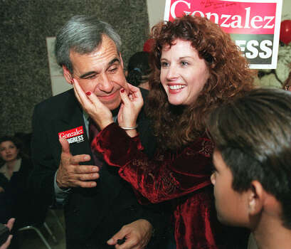 Becky Whetstone Schmidt hugs her husband, Charlie Gonzalez, during a party celebrate Gonzalez's congressional victory at Estela's Restaurant on Nov. 3, 1998. Photo: Kin Man Hui, San Antonio Express-News / SAN ANTONIO EXPRESS-NEWS