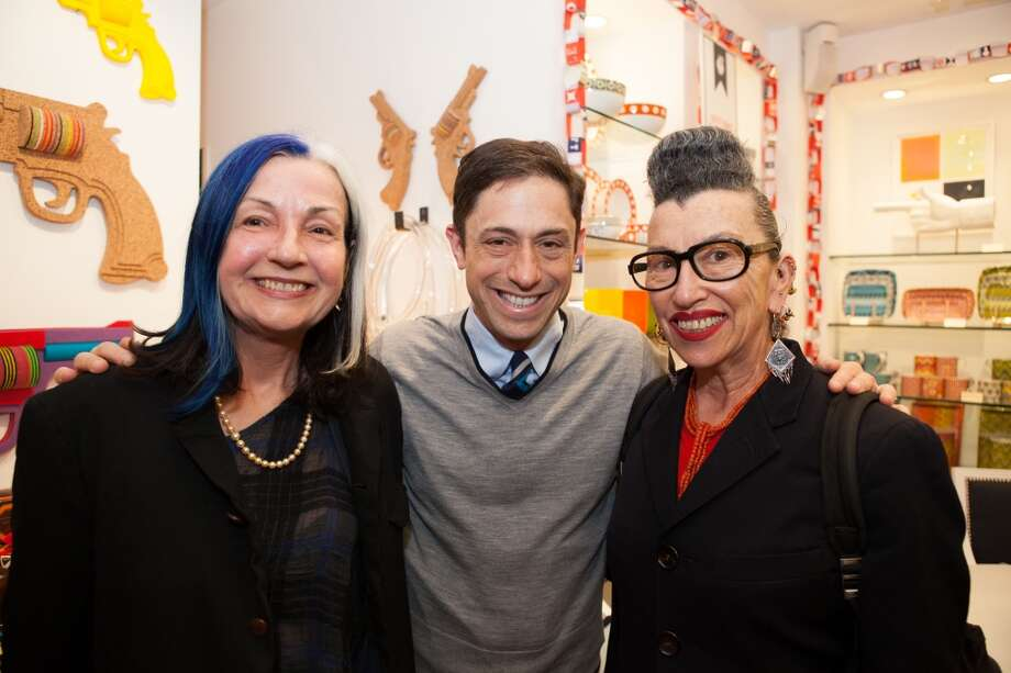 Jonathan Adler  with Dione King (left) and pal New York photographer Henny Garfunkel. (Margo Moritz)