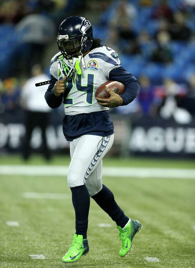 Seattle Seahawks running back Marshawn Lynch (24) warms up before an NFL football game against the Buffalo Bills on Sunday, Dec. 16, 2012, in Toronto. Photo: AP