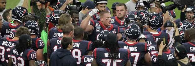 Houston Texans defensive end J.J. Watt (99) inspires his team before they play the Indianapolis Colts ina NFL football game, Sunday, Dec. 16, 2012, in Reliant Stadium in Houston. Photo: Nick De La Torre, Houston Chronicle / © 2012  Houston Chronicle
