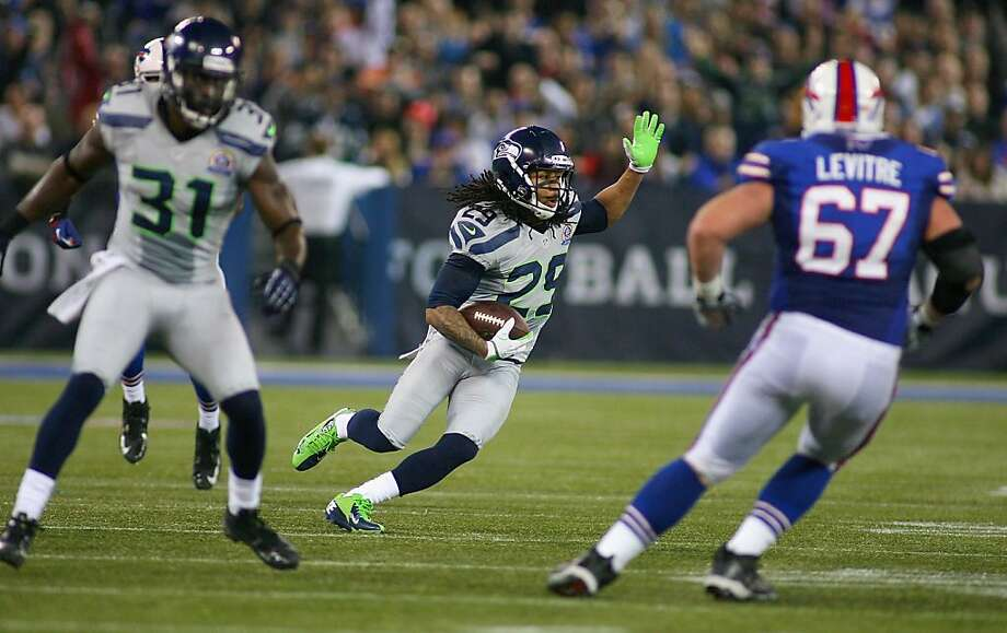 The Seahawks forced three consecutive turnovers to start the second half, including Earl Thomas' 57-yard interception return. Photo: Rick Stewart, Getty Images
