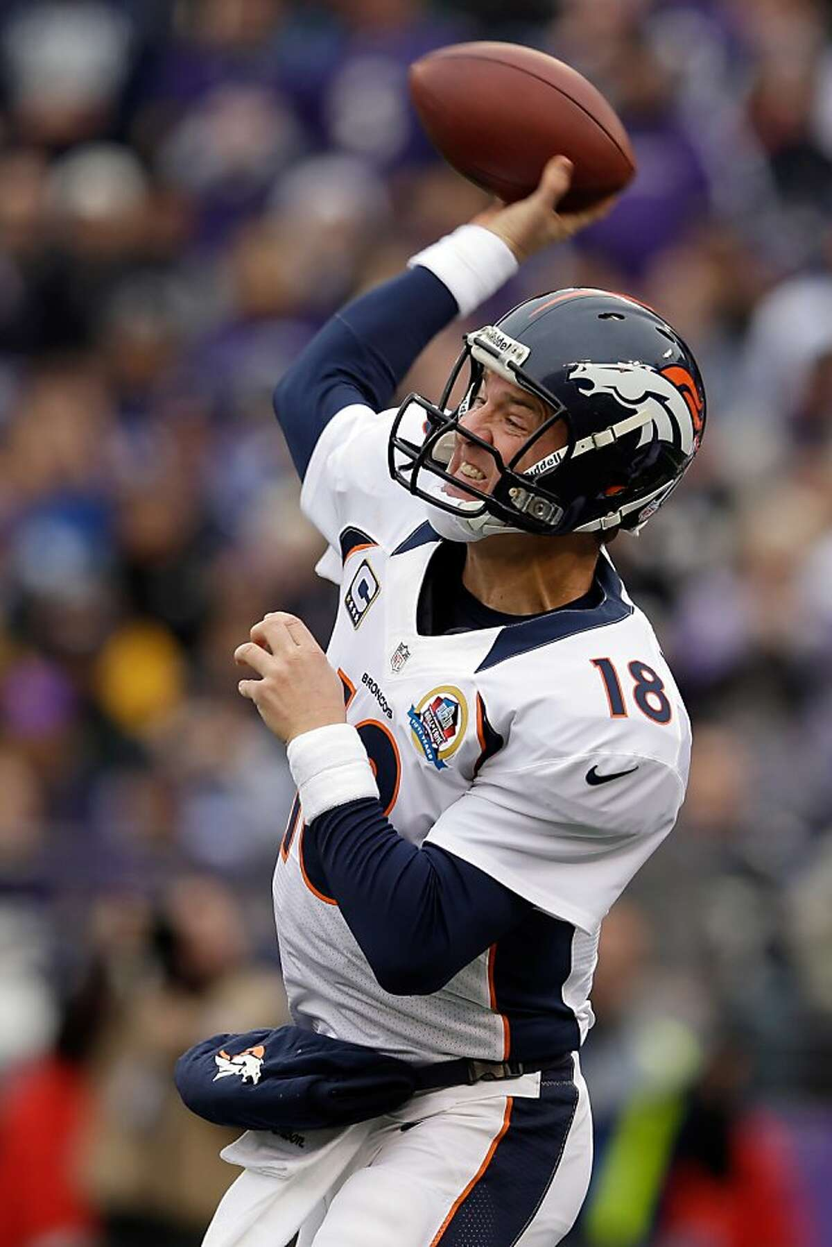 Peyton Manning picked up his ninth straight win over the Ravens.