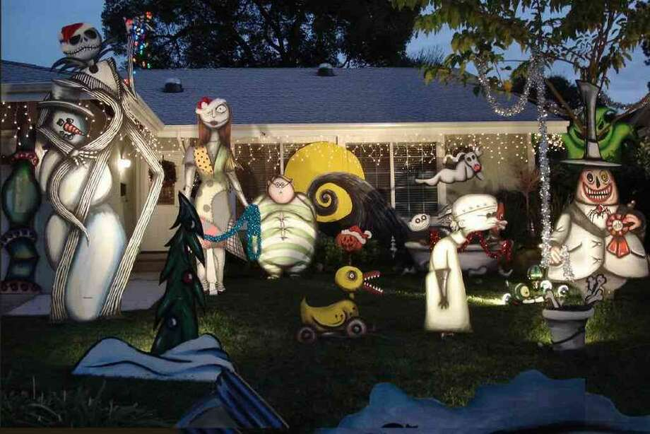 876 St John Cir. Concord, Contra Costa County, 94518This house has been decorating for several years with the Nightmare Before Christmas Scheme. The Holiday display is hand-painted with great detail and lit from 6:00 PM to 10:00 PM nightly. (lightsofthevalley.com)