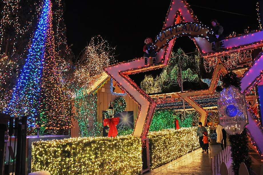 Dave Rezendes' display uses 345,000 mini-lights and LEDs to create a Christmastime fantasy world. He doesn't disclose the electric bill. Photo: Casa Del Pomba