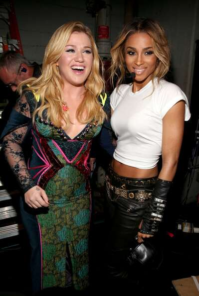 Singers Kelly Clarkson and Ciara attend VH1 Divas 2012 at The Shrine Auditorium on December 16, 2012
