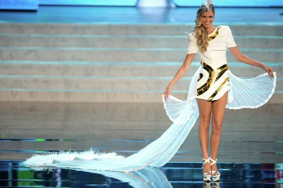 Miss Australia 2012, Renae Ayris. Photo: Matt Brown, Miss Universe Organization / Miss Universe Organization