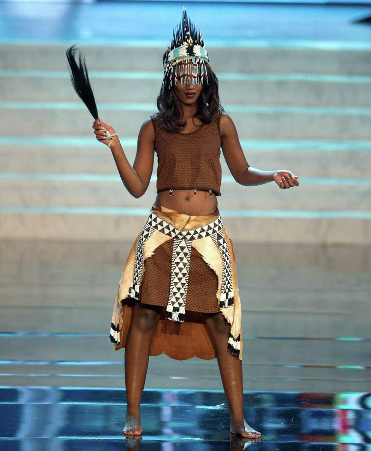 Miss Botswana 2012, Sheillah Molelekwa. Photo: Matt Brown, Miss Universe Organization / Miss Universe Organization