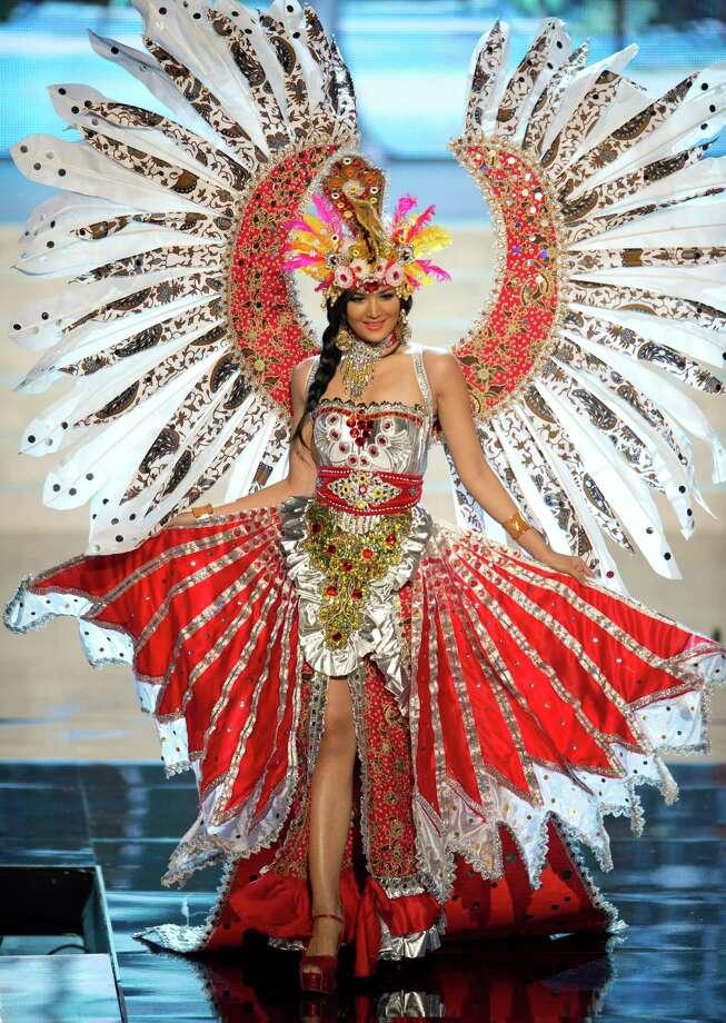 Miss Indonesia 2012, Maria Selena. Photo: Matt Brown, Miss Universe Organization / Miss Universe Organization