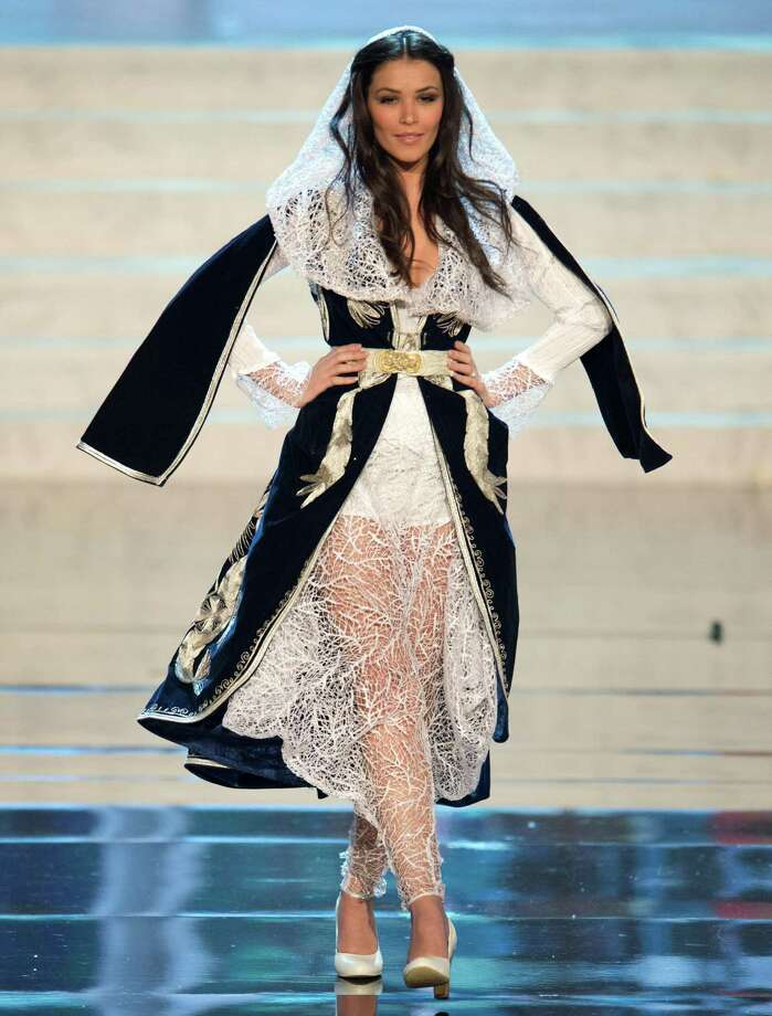 Miss Kosovo 2012, Diana Avdiu. Photo: Matt Brown, Miss Universe Organization / Miss Universe Organization