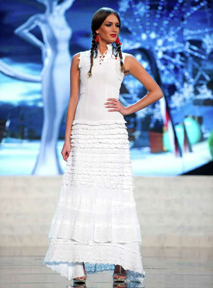 Miss Serbia 2012, Branislava Mandić. Photo: Darren Decker, Miss Universe Organization / Miss Universe Organization