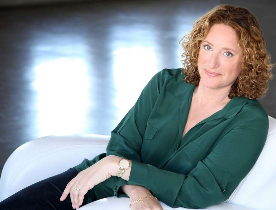 """Comedian Judy Gold headlines the 20th anniversary of """"Kung Pao Kosher Comedy"""" at New Asian Restaurant Dec. 22-25. Also on the bill are Scott Blakeman, Mike Capozzola and Kung Pao creator Lisa Geduldig.  Photo by Leslie Bohm Photo: Leslie Bohm"""