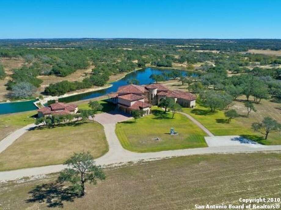 $4,000,000  4440 GRAPETOWN RD  Fredericksburg, TX 78624-4979 Click here for listing Photo: Realtor.com