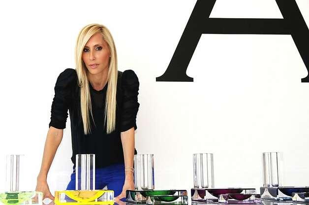 Acrylic furnishings making things clear sfgate for Alexandra furstenberg