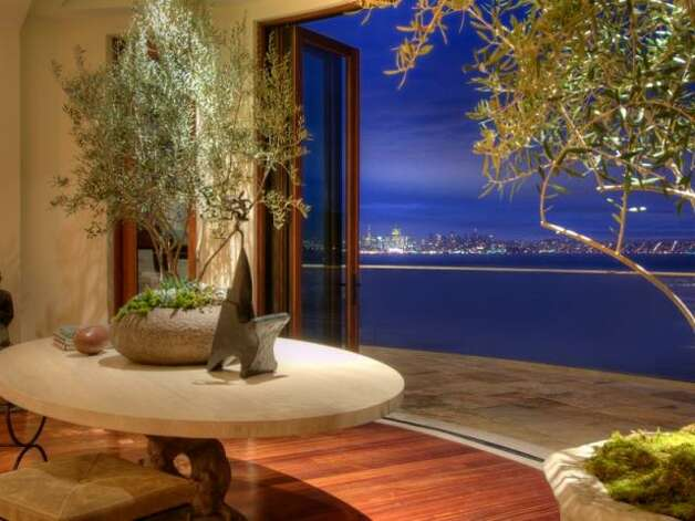 Nearly every room of Villa Belvedere opens up to a bayside terrace. (Olivia Hsu Decker)