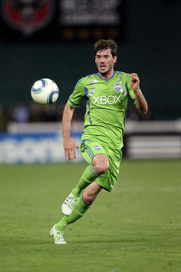 "3. Brad Evans -- Sounders FC midfielder""Scarves up! Delights in all facets. A fun Twitter follow with magnetic appearance. Plus, his jovial personality with just the right touch of maturity makes him difficult for any woman to resist."" Photo: Ned Dishman, Getty Images / 2011 Getty Images"